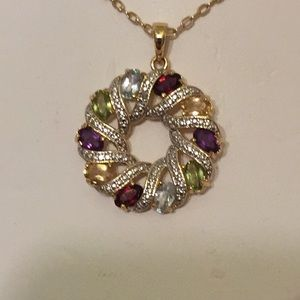 Exquisite jeweled necklace